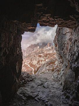 Het raam in de berg van Thomas Weber