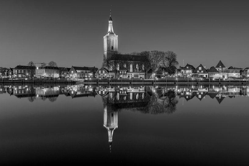 Hasselt le soir en noir et blanc sur Fotografie Ronald