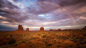 Monument Valley Regenboog van