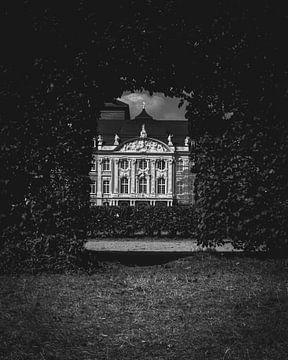 Het Keurvorstelijk Paleis van Trier vanuit de tuin - Reisfotografie Moezelregio - Duitland