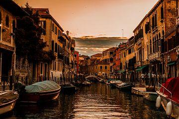Sunset in Venice van Senten-Images Carlo Senten