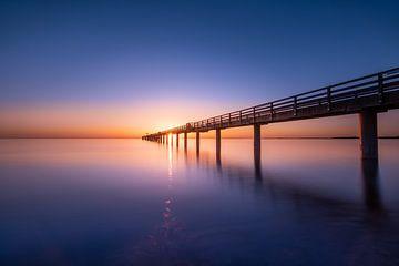 Aan het strand van Boltenhagen voor zonsopgang van Fine Art Fotografie