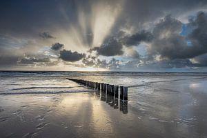 Les nuages éclatent en mer du Nord Ameland sur Douwe Deinema