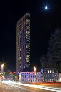 Vesteda Toren nachtfoto te Eindhoven van