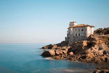 Schloss an der Küste Italiens von Kristof Ven