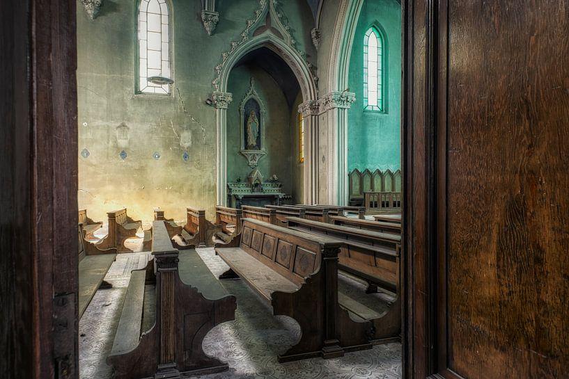 Verlaten Plaats - Blauwe Kerk van Carina Buchspies