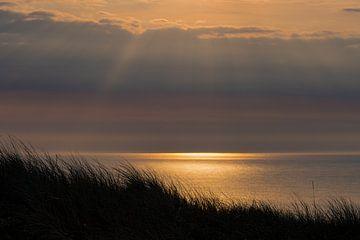 Avril Coucher de soleil sur la plage de la mer du Nord de Vlieland.