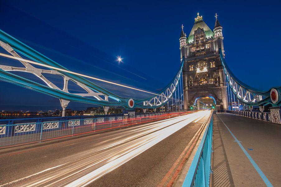 Londen Tower Bridge van Bert Beckers