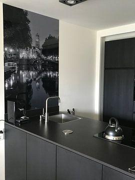 Klantfoto: Zicht op Zandbrug, Oudegracht en Domtoren in Utrecht, ZWART-WIT (afwijkend formaat)