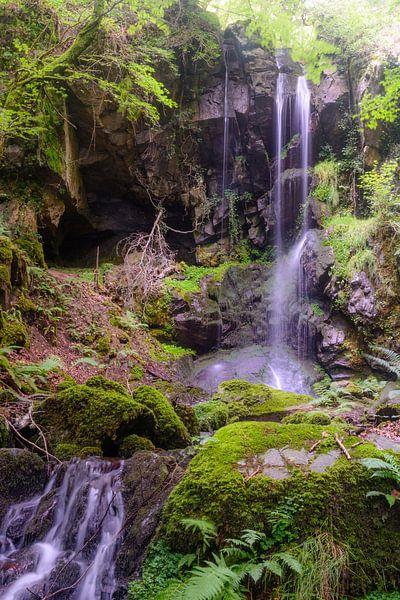 Cascade des Razes, Cantal, Auvergne, France van 7Horses Photography