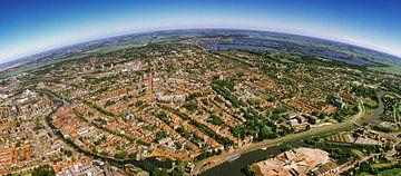 Gouda in Panorama vanuit de Lucht von Robbert Frank Hagens