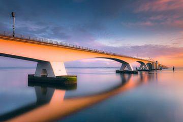 Koloss (Zeelandbrücke / Niederlande) von Dirk Wiemer