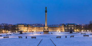 Schloßplatz in Stuttgart in de winter van Werner Dieterich