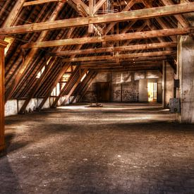 cupboard on the attic van rob boehle