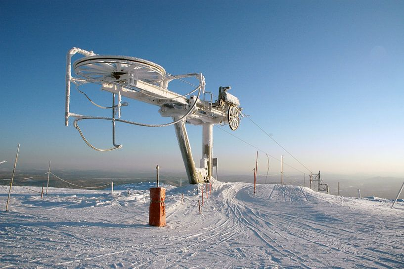 Bevroren Skilift in Noorwegen van Barbara Koppe
