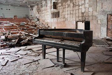 De muziekschool van Pripyat  van Tim Vlielander