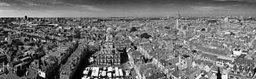 Panorama Delft schwarz / weiß von Anton de Zeeuw