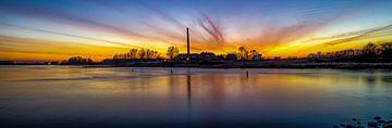 Zonsondergang steenfabriek Wageningen van
