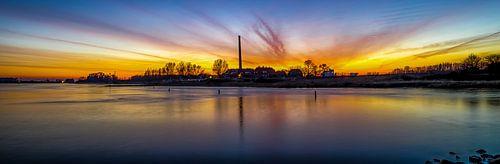 Zonsondergang steenfabriek Wageningen