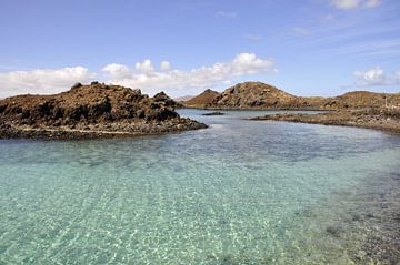 Baai op Fuerteventura van Peter Mooij
