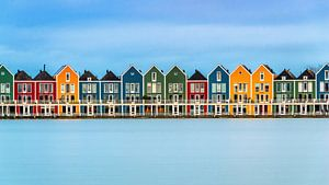 Kleurrijke Huisjes aan de Rietplas in Houten (Nederland) van Bert Beckers