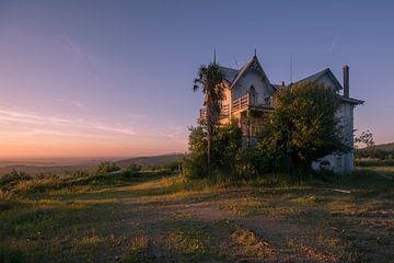 Sonnenuntergang bei portugiesischer Villa Urban erkunden von dafne Op 't Eijnde