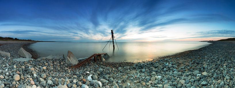 s Avonds op het strand van Rügen van Frank Herrmann