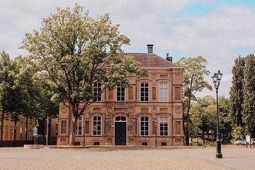 Koningin Wilhelmina Paviljoen aan het kasteelplein in Breda von Deborah S