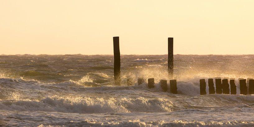 Zonsondergang aan zee van Evert Jan Kip