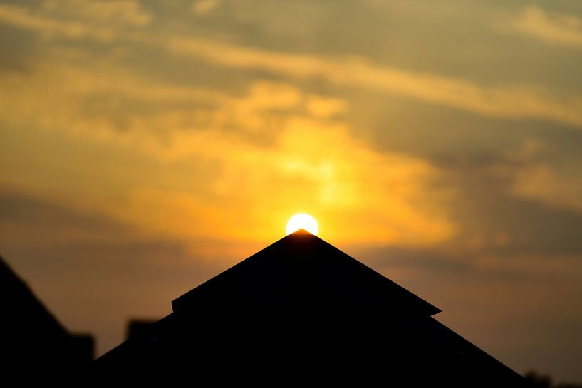 Gouden zonsondergang van Ken Huysmans