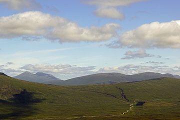 Berge im Glen Coe in Schottland. von Babetts Bildergalerie