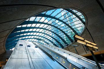 U-Bahnhof Canary Wharf, London von Ruurd Dankloff