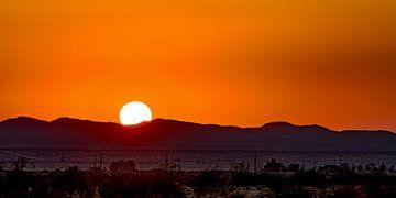 Zonsondergang in de Mojavewoestijn von Remco Bosshard