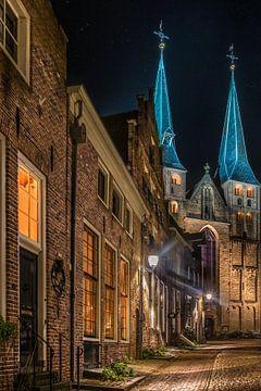 Bergkerk in Deventer van Edward Sarkisian