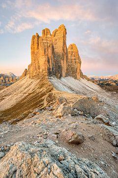 Uitzicht over de Paternsattel naar de Three Peaks van Michael Valjak