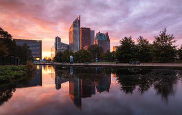 Skyline van Den Haag von Ilya Korzelius