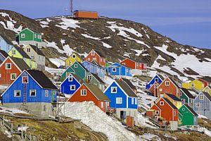Farbenfroher Ort in West-Grönland van