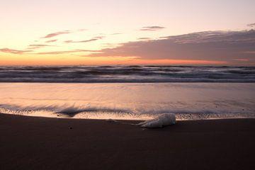 Zonsondergang aan de kust von