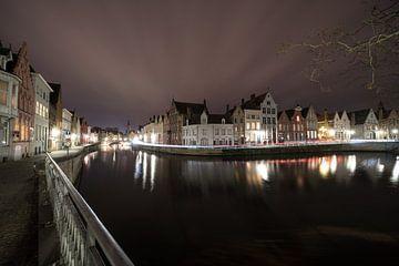 Langst het water in het mooie stad Brugge van Marcel Derweduwen