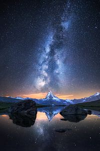Matterhorn bei Nacht van