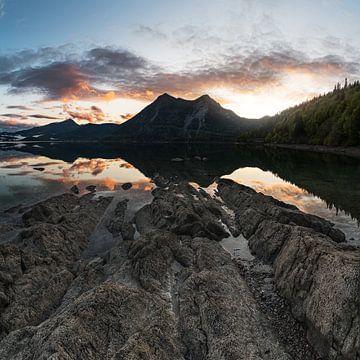 Sonnenuntergang am Walchensee von Jürgen Rockmann