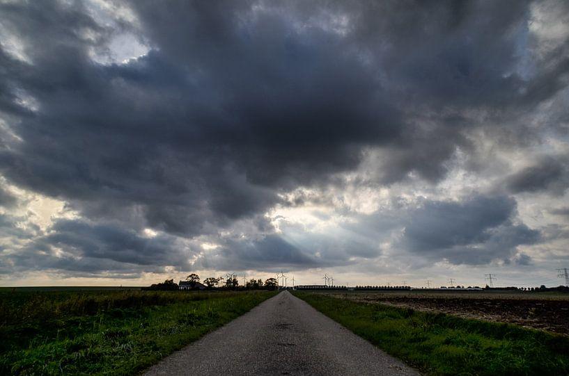 Donkere wolken van Marcel Nauta