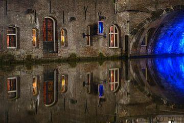 Oudegracht in Utrecht ter hoogte van Stadhuisbrug van Donker Utrecht