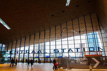 Hal nieuwe Centraal Station in Rotterdam van Fons Simons