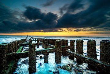 Zonsondergang in Zeeland van Fotografiecor .nl