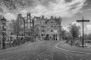 De mooiste grachtenpanden van Amsterdam van Peter Bartelings Photography