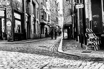 Een eenzame figuur #4 van A. David Holloway