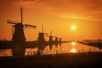 Sunrise @ Kinderdijk von Martin Podt