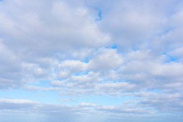 Wisselend bewolkt van Jan Pott