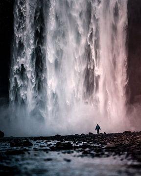 Skogafoss waterval, IJsland van Harmen van der Vaart